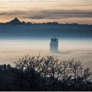 """Alessandro Gassmann: """"Mi fa male vedere Torino immersa in tutto questo smog"""""""