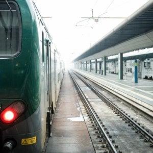 Donna investita da un treno sulla Torino - Susa: è stato un tragico incidente, non un suicidio