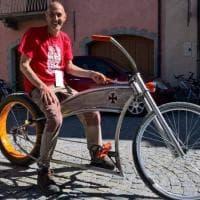 Dalla bici-Harley al triciclo di bambù, Cuneo rende omaggio all'Archimede della bicicletta