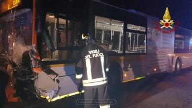 Una bandante perde la vita a Cuneo, una persona uccisa dal treno nel Novarese