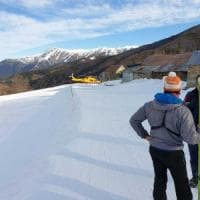 Cuneo, grave uno sciatore colto da malore sulle piste di Limone