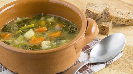Zuppa di verdure, la coccola golosa che ci disintossica dallo smog
