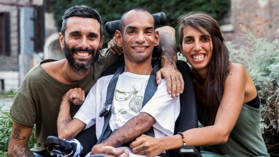Da Torino a Tokyo in carrozzina per assistere alle Paralimpiadi, il sogno di Sami vuole diventare realtà