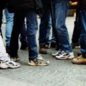 Carmagnola, presa banda di ragazzini: rubavano soldi e cellulari ai coetanei