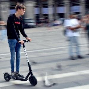 Il centrodestra contro l'equiparazione monopattini-biciclette