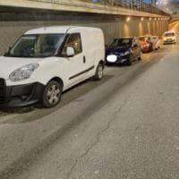 Tamponamento a catena nel sottopasso di Porta Palazzo, traffico in tilt
