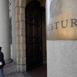 Torino, dramma in questura: poliziotto s'uccide con la pistola d'ordinanza