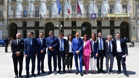 Piemonte, mille euro in più al mese: la giunta Cirio targata Lega si alza lo stipendio