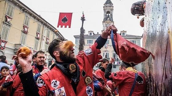Ivrea, via al Carnevale: pronte mille tonnellate di arance per la battaglia di domenica