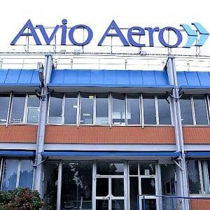"""Coronavirus, in sciopero gli  operai dell'Avio Aero: """"Produrre motori per aerei non è essenziale oggi"""""""