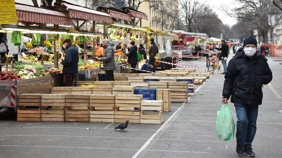Coronavirus, oggi riaprono tutti i mercati di Torino ma non Porta Palazzo