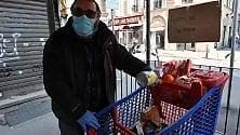 """A San Salvario il """"cestino solidale"""" si trasforma  in un carrello della spesa"""