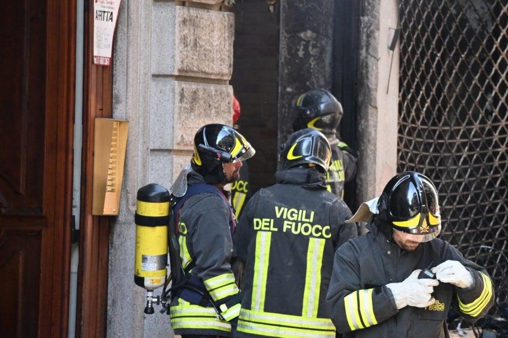 Incendio in centro a Torino, evacuati tutti gli abitanti dello stabile