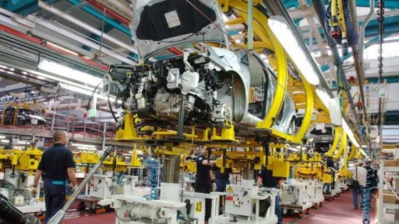 «Stabilimenti in Italia, Fca non paga l'Irap da 10 anni»