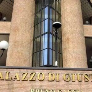 """Torino, il processo """"a distanza"""" non funziona: da lunedì arrestati  di nuovo in aula"""