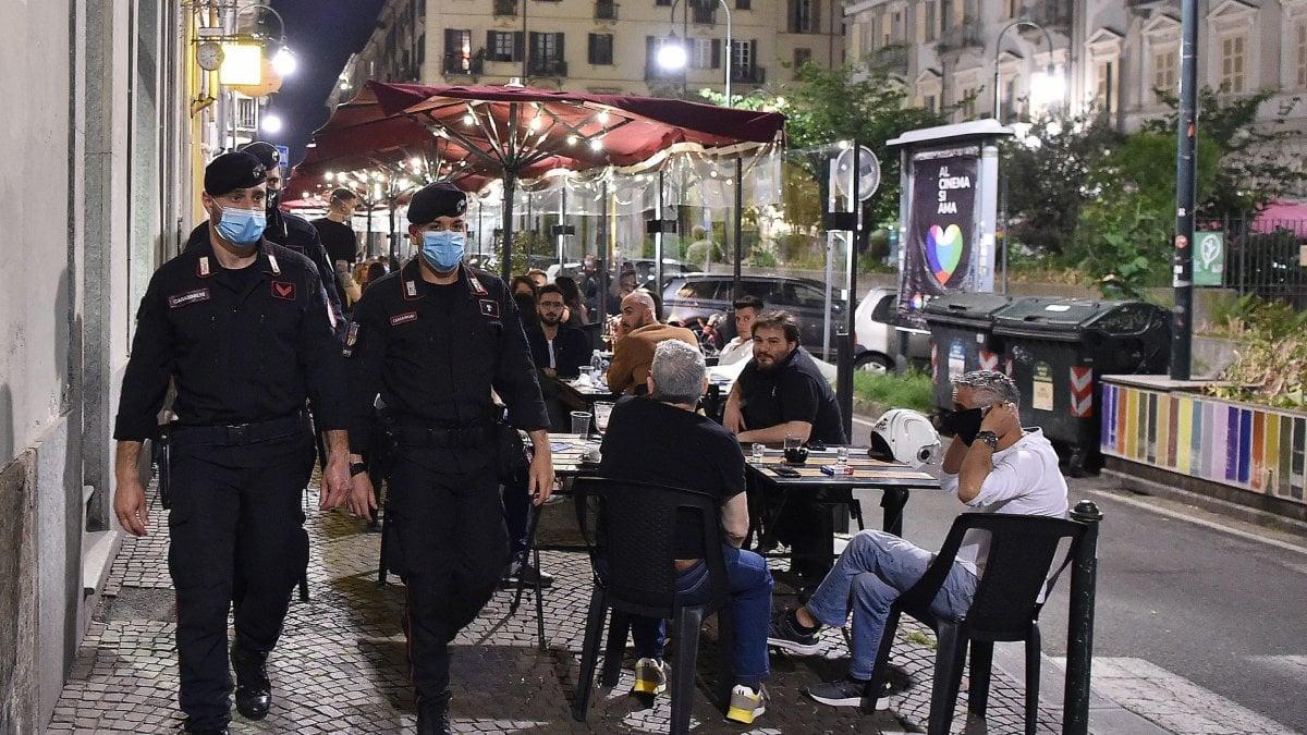 Torino: viaggio al termine della movida nel primo sabato sera liberato dal lockdown