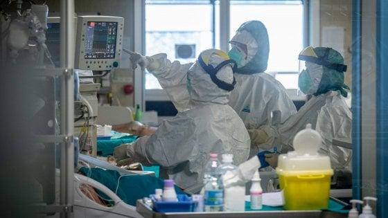 """I medici rifiutano il premio da 350 euro e attaccano governo e Regione: """"Tenetevi l'elemosina, vogliamo rispetto"""""""