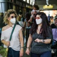 In Piemonte scatta l'obbligo della mascherina all'aperto