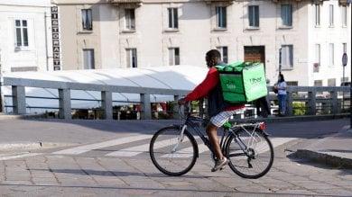 Caporalato tra i rider di Uber Eats:  accuse anche a Torino
