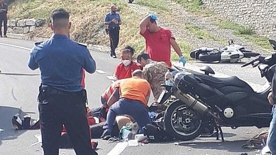 Val di Susa, scontro frontale tra moto e scooter: morti due