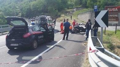 Val di Susa, scontro tra moto e scooter:  morti due centauri, un uomo e una donna