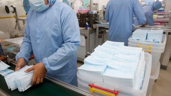 Mascherine, camici, guanti, cuffie contro il coronavirus: la Procura di Torino indaga su appalti per 200 milioni