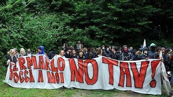 Dopo la pandemia tornano anche i No Tav: manifestazione davanti al cantiere