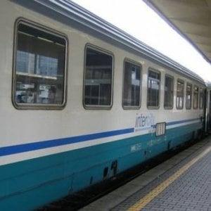 Posti a sedere liberalizzati sui treni dalla Liguria, Cirio chiede l'intervento della conferenza Stato - Regioni