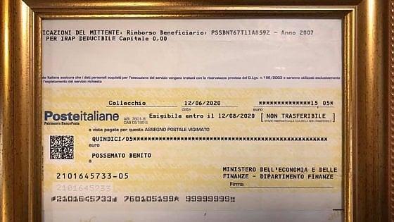 Biella, 15 euro di risarcimento dal fisco dopo tredici anni: il ristoratore incornicia l'assegno