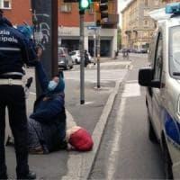 Illegittime le multe a chi chiede l'elemosina: il sindaco di Cigliano ritira l'ordinanza...