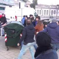 Piemonte, linea dura negli atenei: niente borse di studio agli universitari