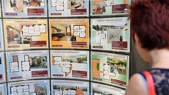 Case fantasma in vendita, condannato truffatore seriale: gli anziani genitori risarciscono le vittime