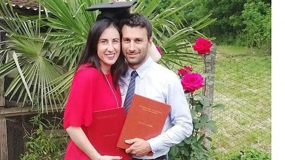 """Val di Susa, marito e moglie si laureano nello stesso giorno: """"Emozionante, anche davanti a un computer"""""""