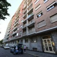 """Torino, una vicina di casa: """"Ho chiamato il 112 prima che la figlia uccidesse la madre"""""""