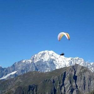 Dalla Valdigne al Canavese, il volo in parapendio