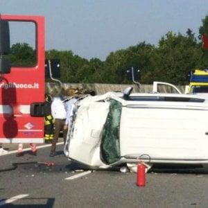 Scontro fra tre auto sull'autostrada Torino-Savona: sei feriti, due sono bambini