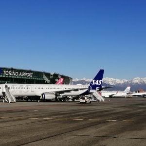 Caselle riprende quota con i voli in partenza per le vacanze al sud