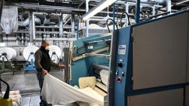 Rep:  Braccio di ferro alla Miroglio sulla fabbrica delle mascherine chiusa per crisi
