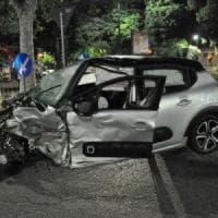 Torino, l'alta velocità causa uno spettacolare  incidente in corsio Francia: