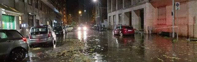 Alessandria, dopo pioggia e vento ora c'è l'emergenza amianto volato dai tetti