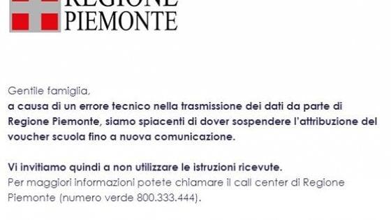 """La gaffe della Regione Piemonte: """"Buongiorno, le arriverà il voucher scuola. Anzi, no: mancano i fondi"""""""