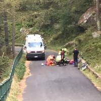 Ceresole, a 15 anni cade in discesa con la bici e batte la testa: trasportato