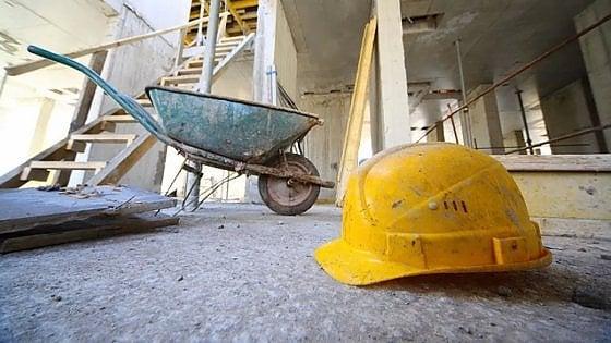 Muore a 63 anni mentre lavora in cantiere, dramma a Sezzadio nell'Alessandrino