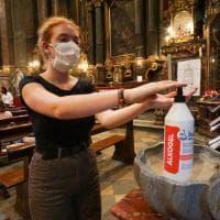 Torino, la lezione si fa in chiesa in attesa dei banchi singoli