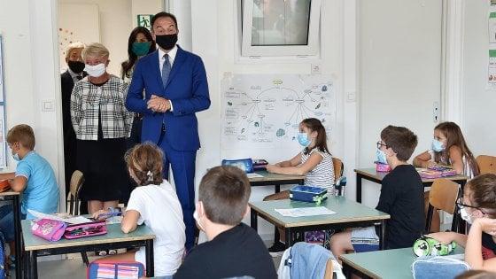 """Controllo febbre a scuola, il governo impugna l'ordinanza del Piemonte. Cirio: """"La difenderemo con forza"""""""