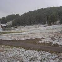 La prima neve in Piemonte, è già tormenta in montagna