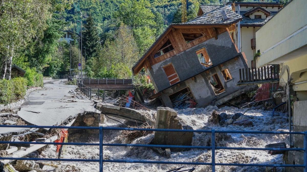 Sarà demolita la casa simbolo dell'alluvione trascinata dalla furia delle acque nel rio di Limone Piemonte