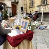 Biella: ai funerali di Mimi, la sua voce sulle note di Hallelujah commuove