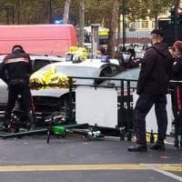 Via Cigna, scontro tra una gazzella dei carabinieri e una Volvo: militari