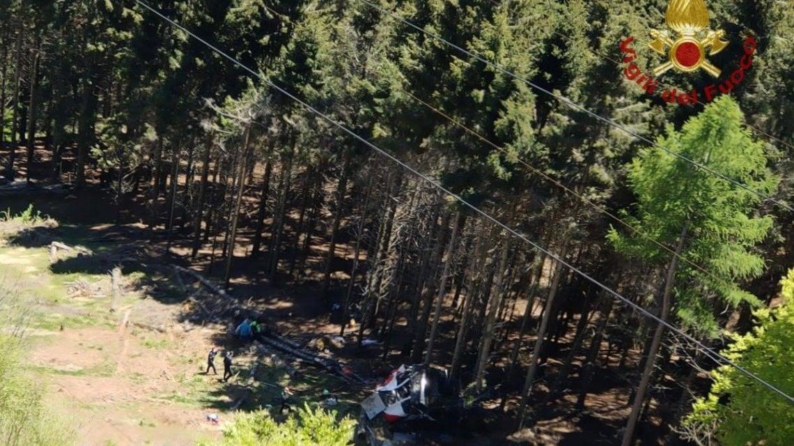 142145562 56f13029 4985 429a a4b4 6bcf3fc5dbb6 - Funivia Stresa-Mottarone, cade una cabina: forse nove morti e due feriti gravi